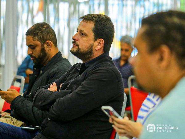 Secretariado de Paulo de Frontin e prefeito comparecem à palestra sobre o Terceiro setor